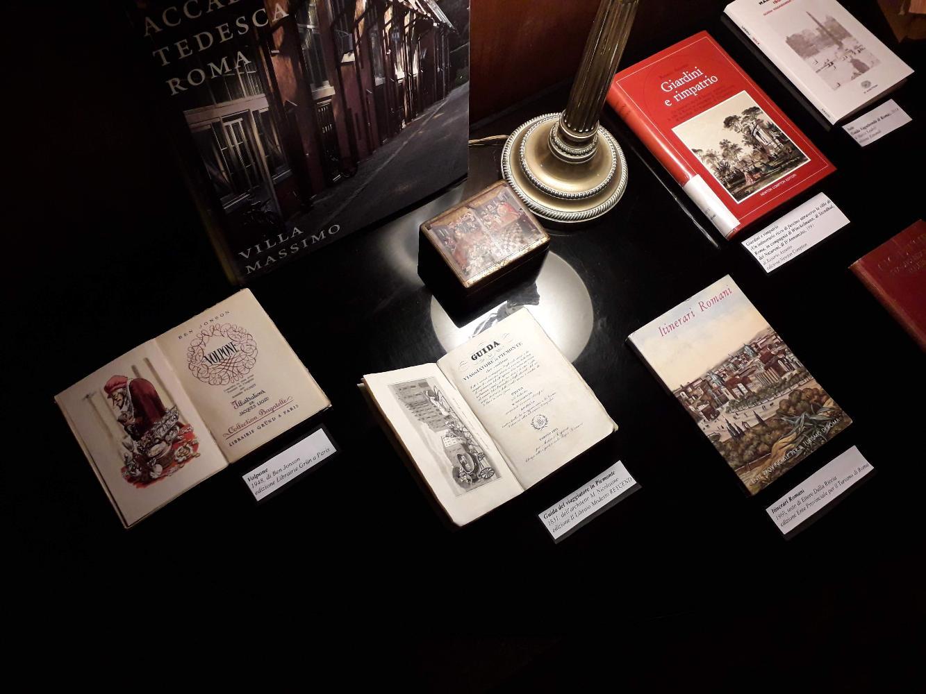 Mostra di libri tedeschi e liberty a Villa Torlonia. Piccola esposizione libraria dal Fondo