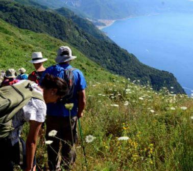Aspromonte trekking tra i Greci di Calabria, dalle montagne al mar Ionio