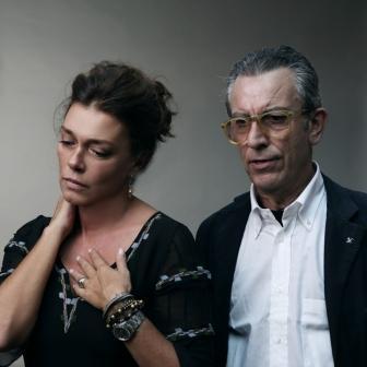 Gianfelice Imparato e Carolina Rosi in Ditegli sempre di sì di Eduardo De Filippo
