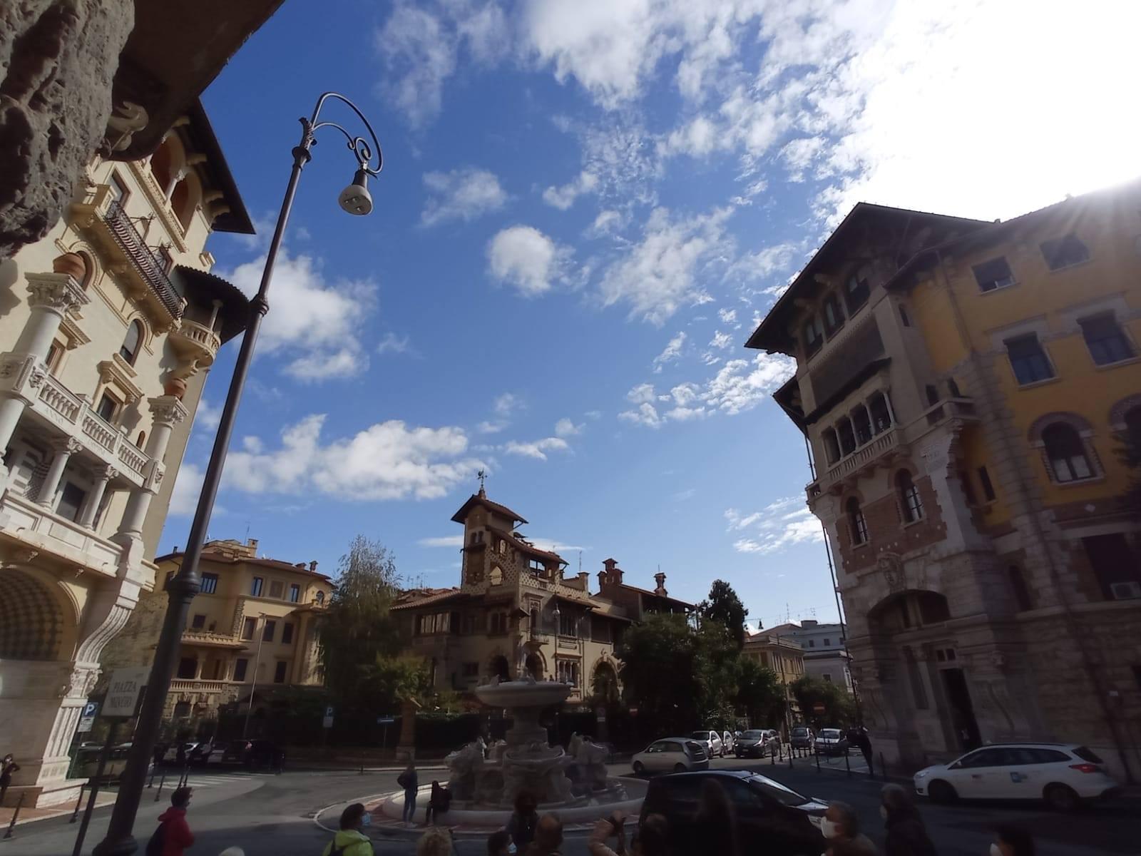 Passeggiata alla scoperta del quartiere Coppedè