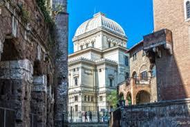 Roma e dintorni: passeggiate serali guidati da esperti archeologi