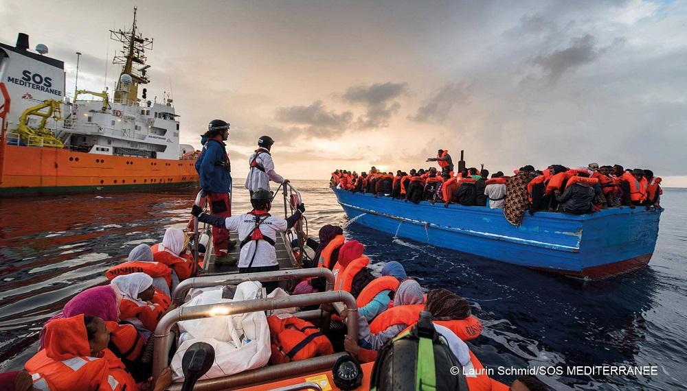 Giornata Mondiale del Rifugiato: I migranti non sanno nuotare... e tu?