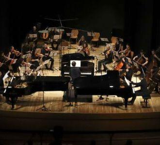 Rivivete online  le emozioni del concerto per tre pianoforti di Mozart