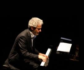 """Nicola Piovani in """"La musica è pericolosa"""""""
