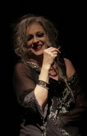 Elisabetta Pozzi interpreta la figura di Elena da Omero, Euripide, Seferis, Ritsos