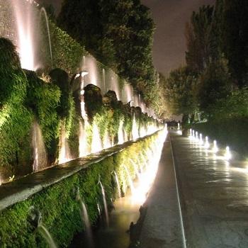 Evento speciale: Villa D'Este di notte con i suoi splendidi giardini e giochi d'acqua.